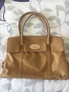 Brown Collette Bag Jacana Hume Area Preview