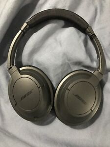 Bose soundtrue over ear headphones