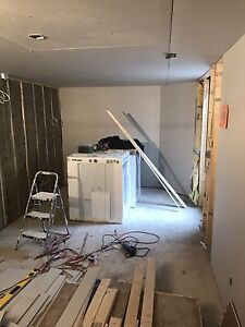 STUCCO/REMOVAL-DRYWALL/MUD&TAPING