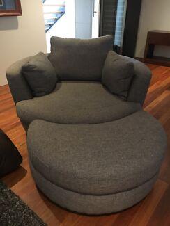 Plush Snuggle Swivel Chair With Ottoman