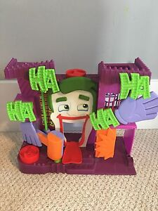 Joker playhouse for imaginext figures