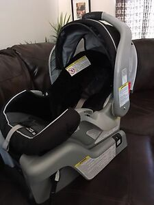 carseat and base