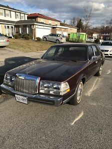 1985 Lincoln Continental Givenchy Edition