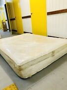 Queen size latex mattress Gladstone Park Hume Area Preview