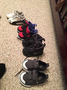 Toddlers shoes size 5