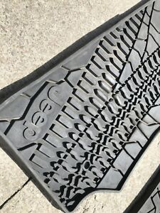 Jeep rubber mats