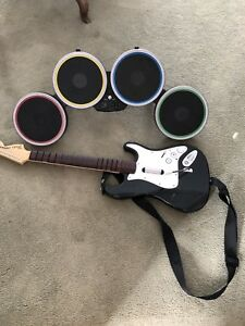 Rock band 2 for Wii Bundle