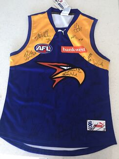 Sogn West Coast Eagles jumper 2013 with certificate