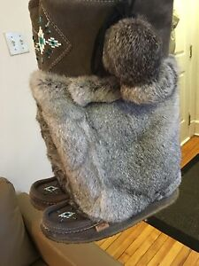Real Fur Boots Size 9 - Great Condition, Barely Worn
