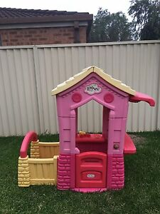 Little Tikes Cubby House Mardi Wyong Area Preview