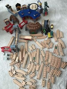 Train tracks & accessories