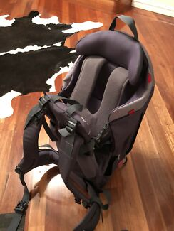 Phil&Teds escape baby backpack