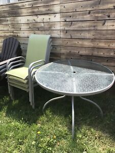 Patio set - Glass Table & Chairs