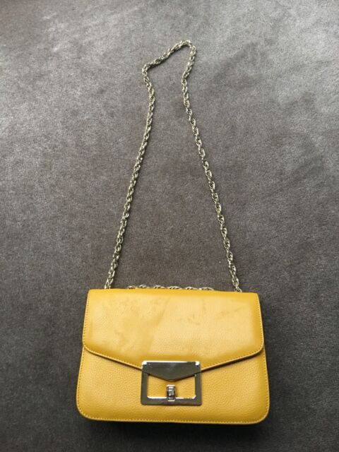3d6ce86f2721 Yellow leather chain handbag