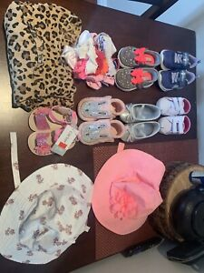 Baby girl  shoes hats and hair accessories