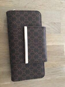 Colette Hayman wallet, purse Oak Flats Shellharbour Area Preview