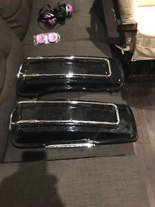 Harley saddle bag lids