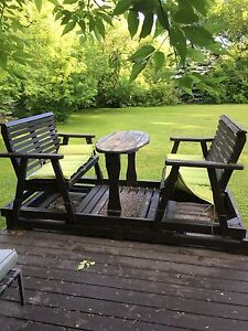 Cedar Wood Four seating swing For Sale