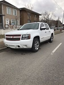 2008 chevy. $8000 firm.   Will not change price.!