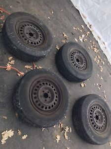 Summer tires new new with rim 150$nego 14 inch