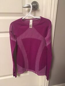 Ivivva Size 8 Long Sleeve Shirt