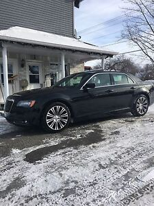 Chrysler 300S 2012