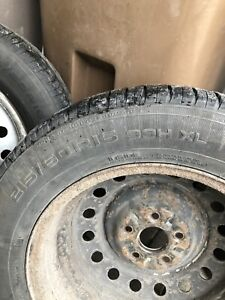 Set of summer tires Nokian 215-60-16 with rims