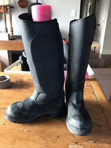 Kids and ladies  riding boots/half chaps/gloves etc