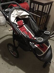 Fastaction Fold Jogger Click connect stroller London Ontario image 1