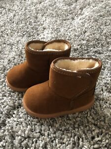 Brand new. Size 5 toddler