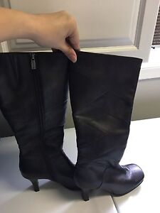 Size 9 Spring boots