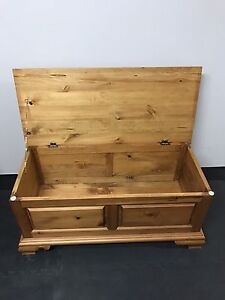 Solid wood Chest