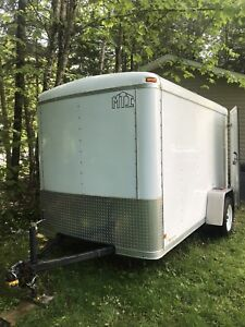 Covered 6x10 trailer - MINT CONDITION