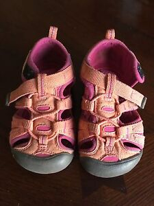 Keen Sandals Toddler Size 7