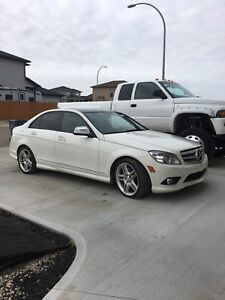 2009 Mercedes 350 C class only 109km 2nd owner