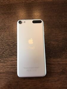 Silver IPod 6 in great condition!