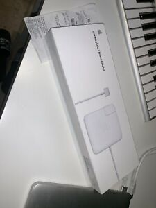 85W MagSafe 2 Power Adapter (BRAND NEW)