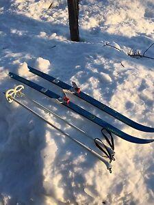 Ski de fond junior avec bâtons
