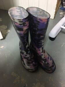 Size 2 rubber boots