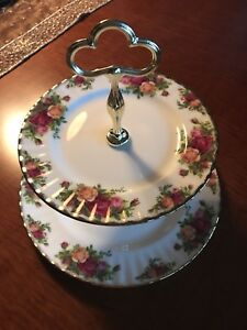 Royal Albert Old Country Roses, 2 tier cake plate