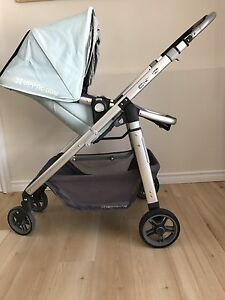 *PRICE DROP* Uppababy Cruz (Baby Blue) with accessories