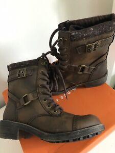 Rocket dog thunder boots size 38