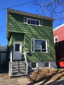 500$ Room Available for Sublet May-August