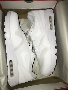 NIKE air max 1s size 12