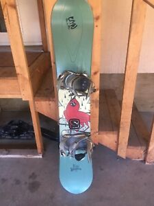 Ride Kashmir 153cm with bindings. Like new!