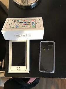 UNLOCKED iPhone 5s few months old