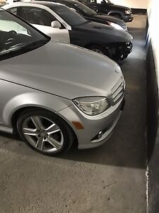 2008 Mercedes C300 Luxury Package- Low Low KMS