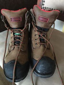 Size 7 women steel toe boots