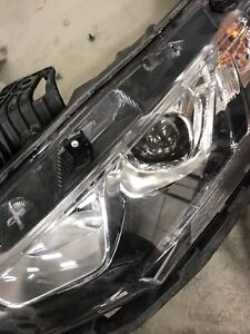 2017 Honda Civic head light left side and right side