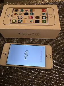 iPhone 5S. 16 Gb. Silver Telus / Koodo